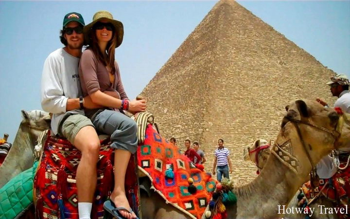 camel-ride-by-the-pyramids
