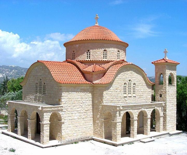 Туры на Кипр монастырт Алуману