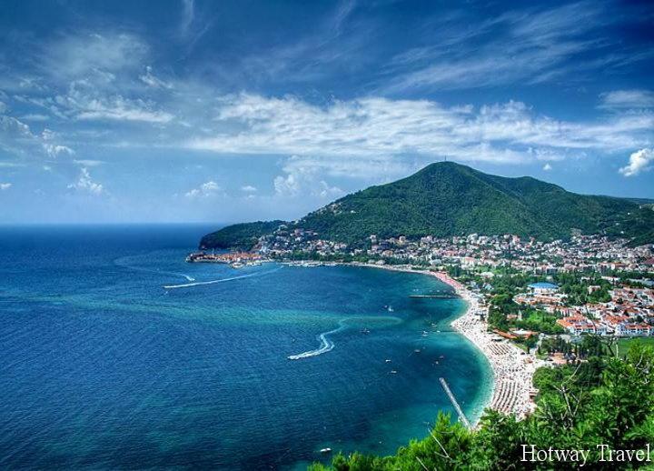 Туры в Черногорию в мае пляж
