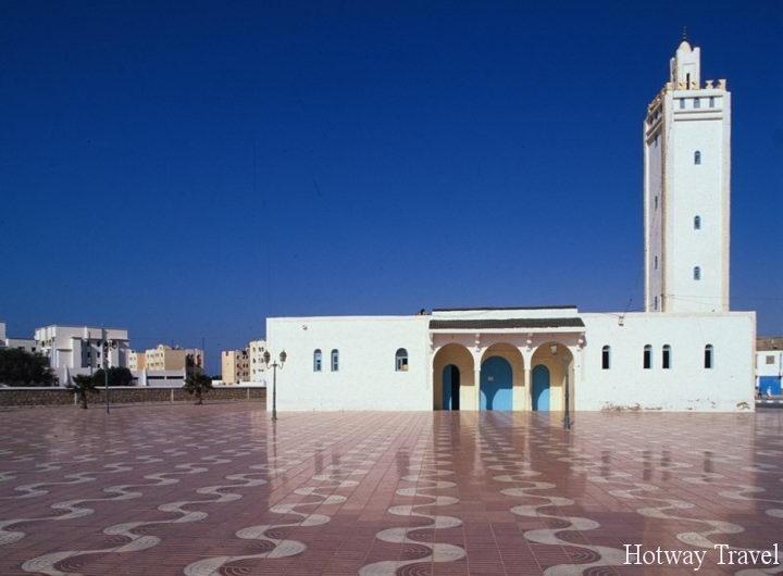 Туры в Марокко в мае здание