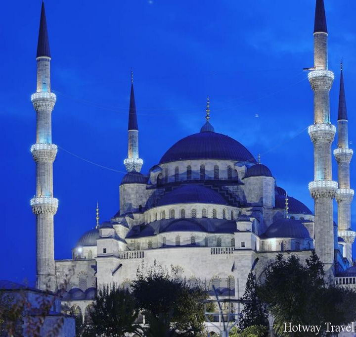 Туры в Стамбул в мае Голубае мечеть