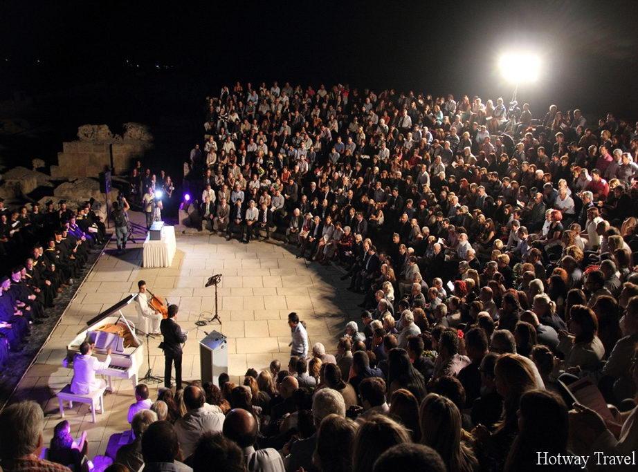 Отдых на Кипре в июле фестиваль драмы