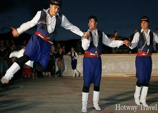 Отдых на Крите в июле танцы1