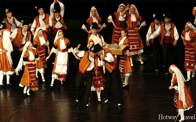 Отдых в Болгарии в июле фестиваль