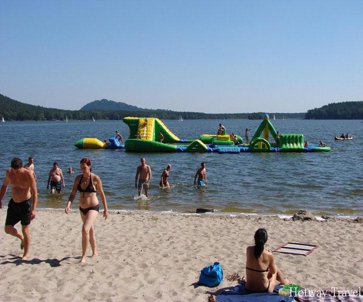 Отдых в Чехии в июле озеро