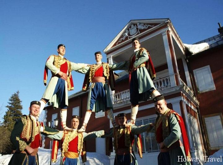 Отдых в Черногории в июле День государственности