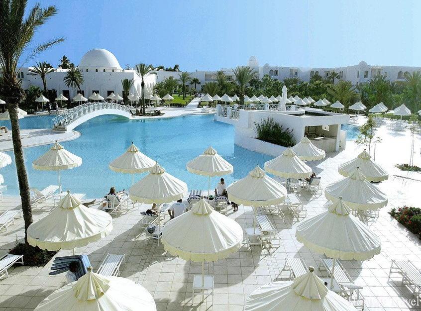 Отдых в Тунисе июнь отель бей зонт