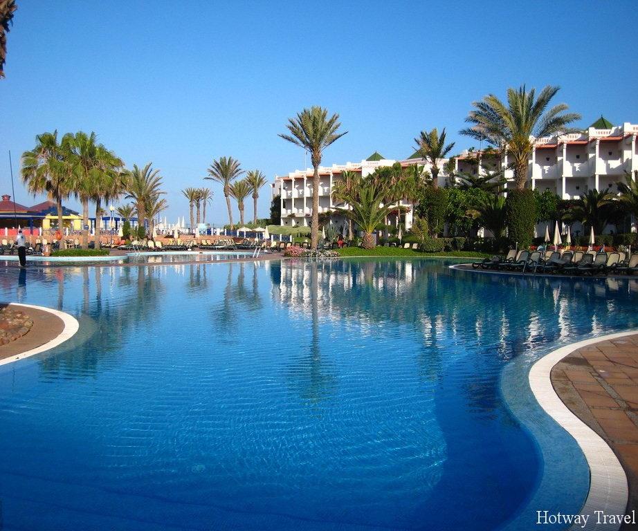 Отых в Марокко в июне отель басейн