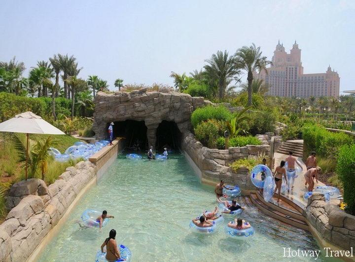 Эмирата летом аквапарк
