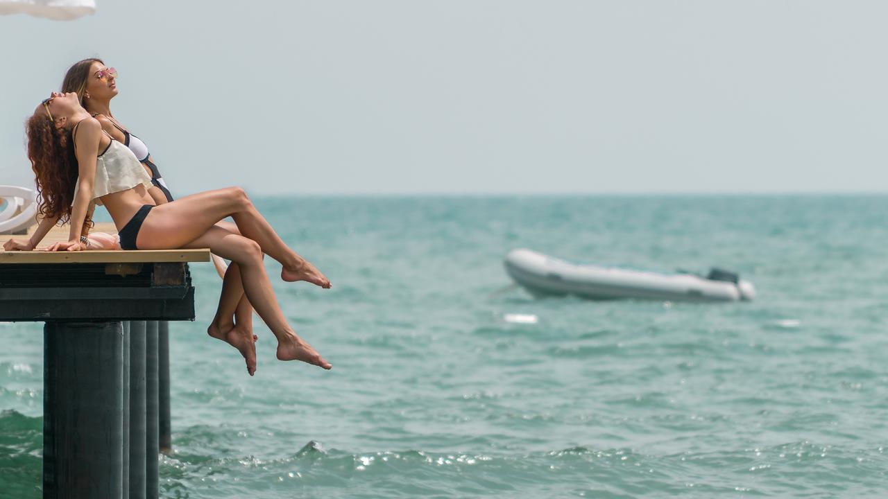 Фото нового отеля в Турции Adalya Elite Lara 5* пляж и море