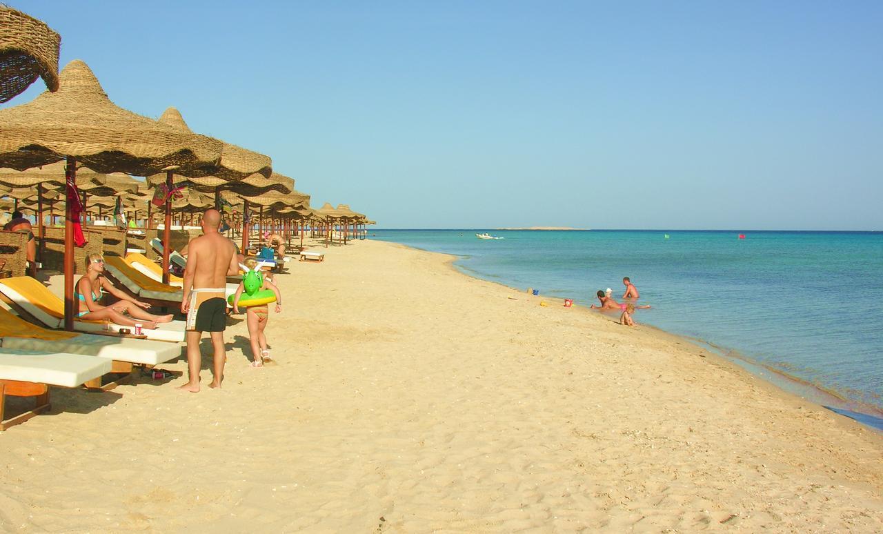 Фото отеля в Египте Dessole Pyramisa Sahl Hasheesh 5*  море и пляж