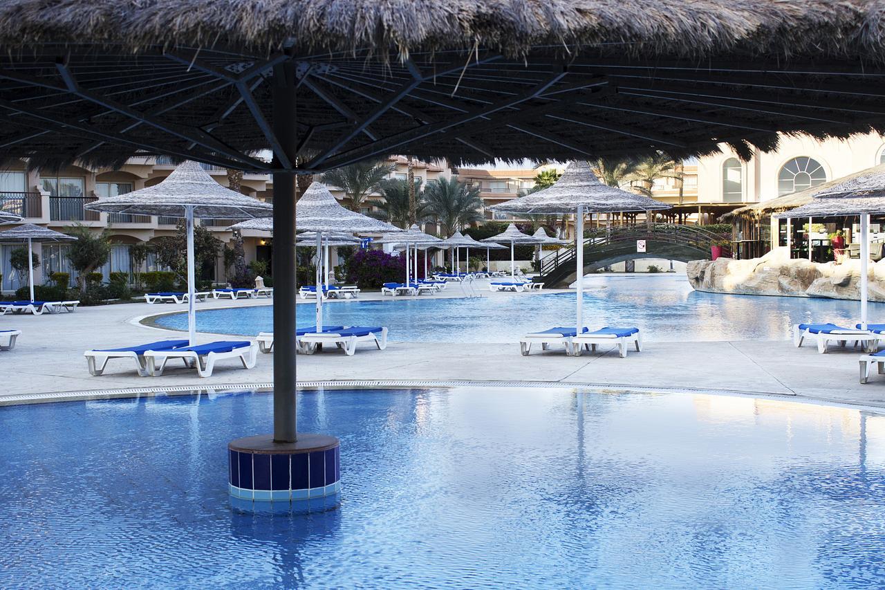 Фото отеля в Египте Dessole Pyramisa Sahl Hasheesh 5*  аквазона