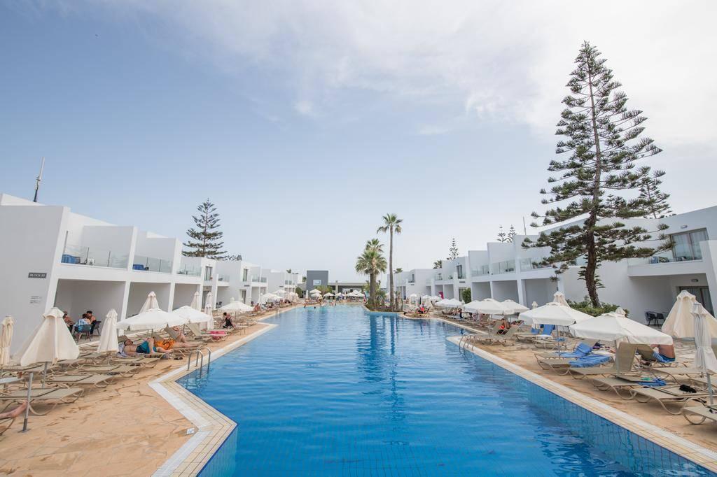 туры в новый отель TUI FUN&SUN Panthea Waterpark Кипр 4 2019 фото2